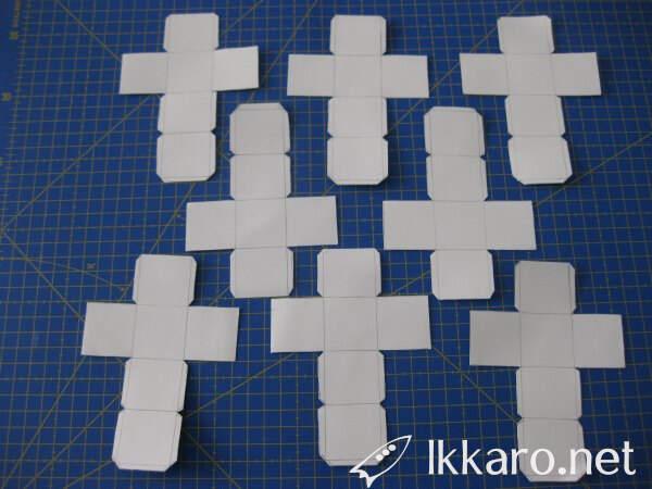 Preparing 8 cubes for a Rubik's Cube 2x2