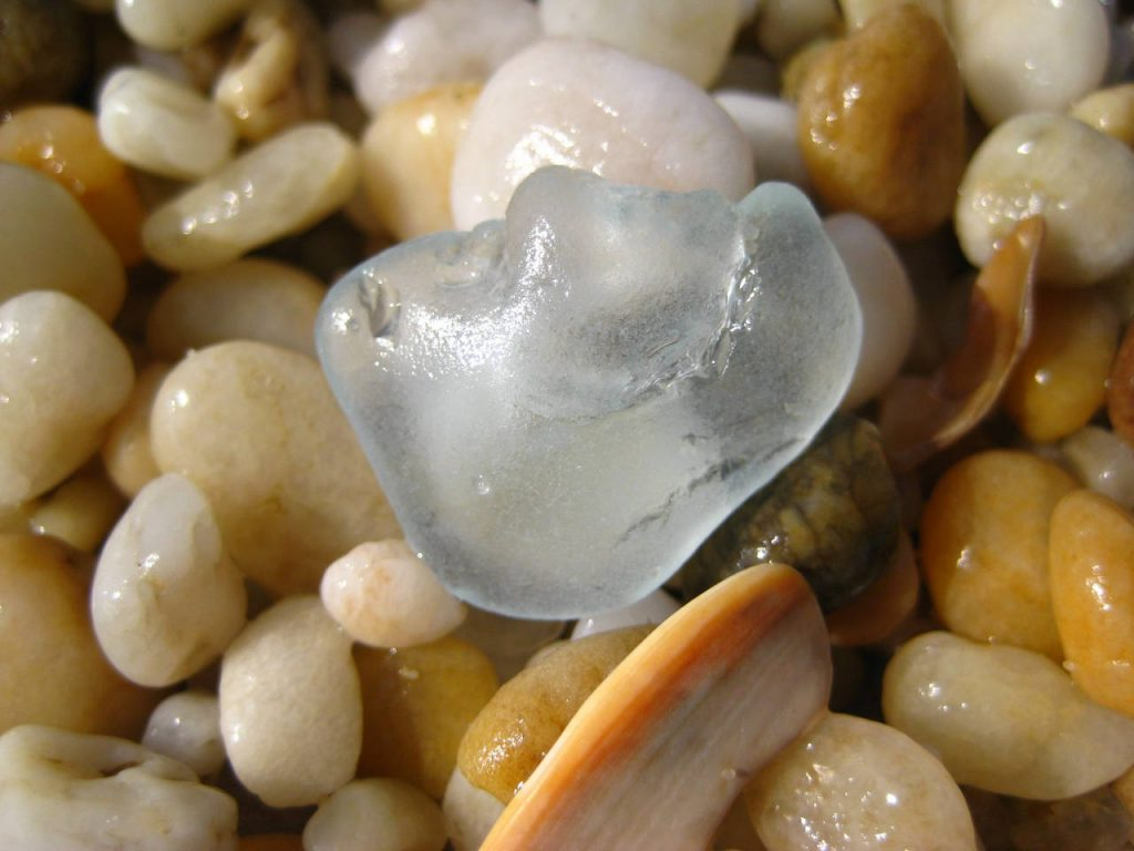 sea glass used in jewelry