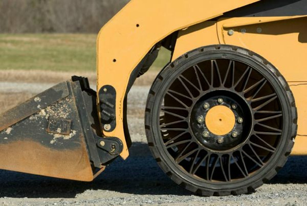 Michelin Tweel Airless Routes